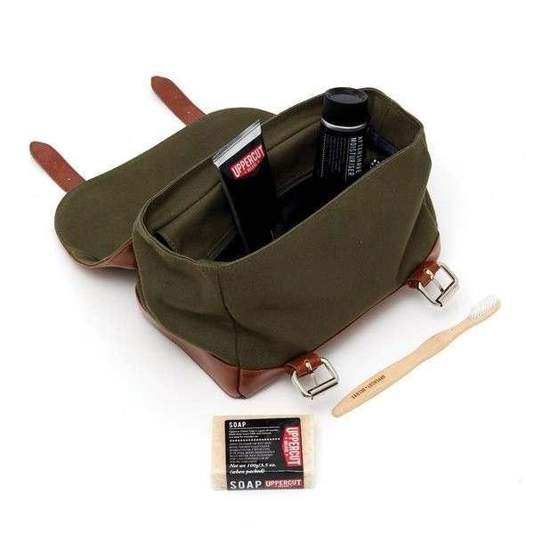 fa93db1589530 Uppercut Deluxe Filled Wash Bag