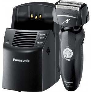 Panasonic ES-LF71 Wet/Dry 4-Blade with Clean & Charge Men's Electric Shaver