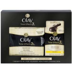 Olay 81560010 Total Effects Day Cream & Wipes Gift Set