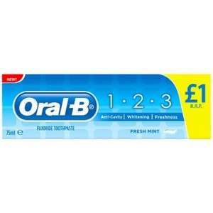 Oral-B 81335942 1.2.3 Toothpaste