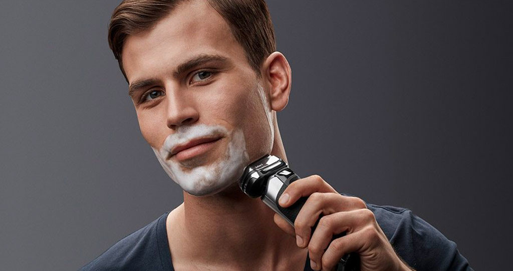 baun-lather-electric-shaver
